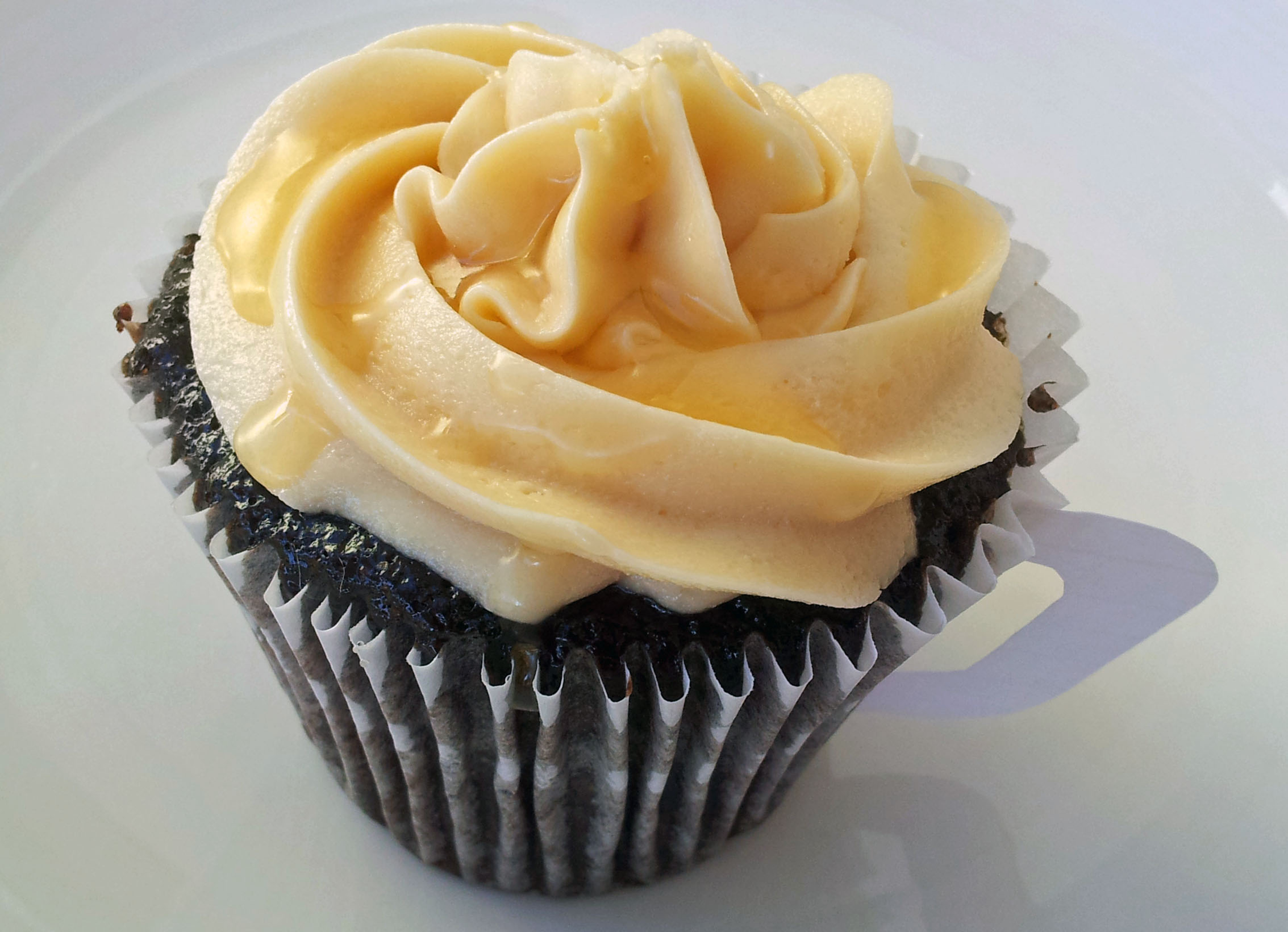 Chocolate Cake with Caramel and Vanilla Buttercream ...